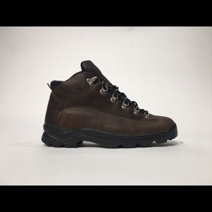 NIKE VTG ACG SZ 9 MID TOP ATHLETIC HIKING BOOTS